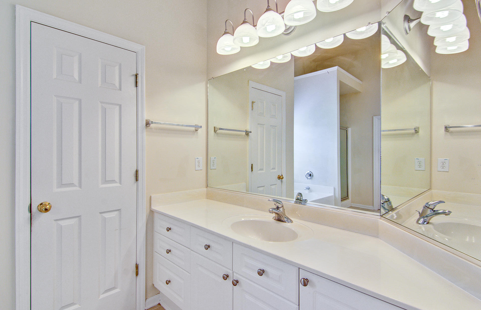 Grand Oaks Plantation Homes For Sale - 1013 Tyron, Charleston, SC - 11