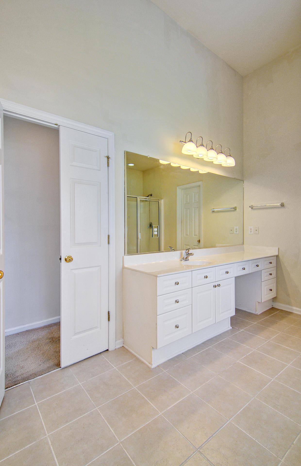 Grand Oaks Plantation Homes For Sale - 1013 Tyron, Charleston, SC - 9
