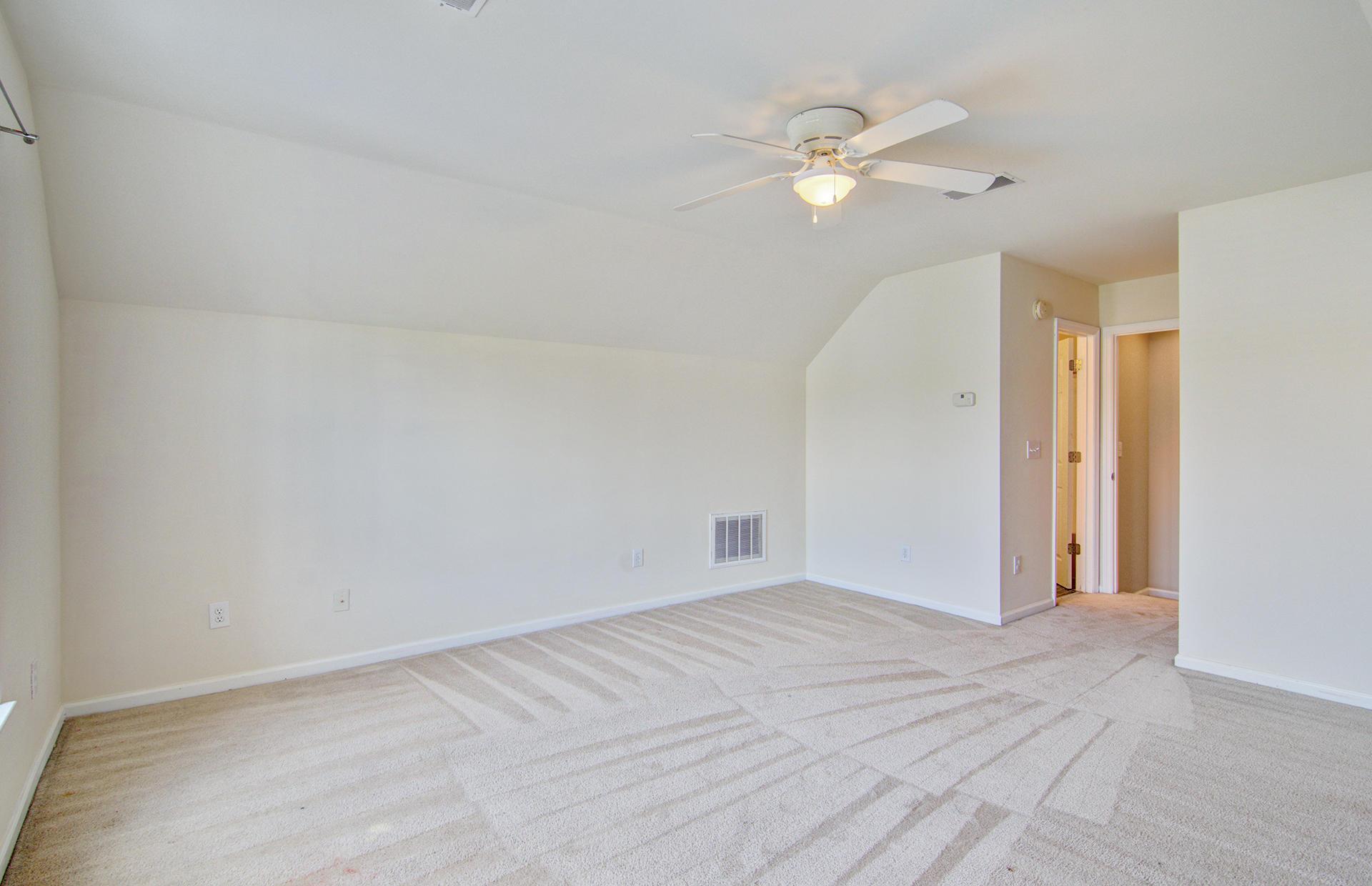 Grand Oaks Plantation Homes For Sale - 1013 Tyron, Charleston, SC - 6