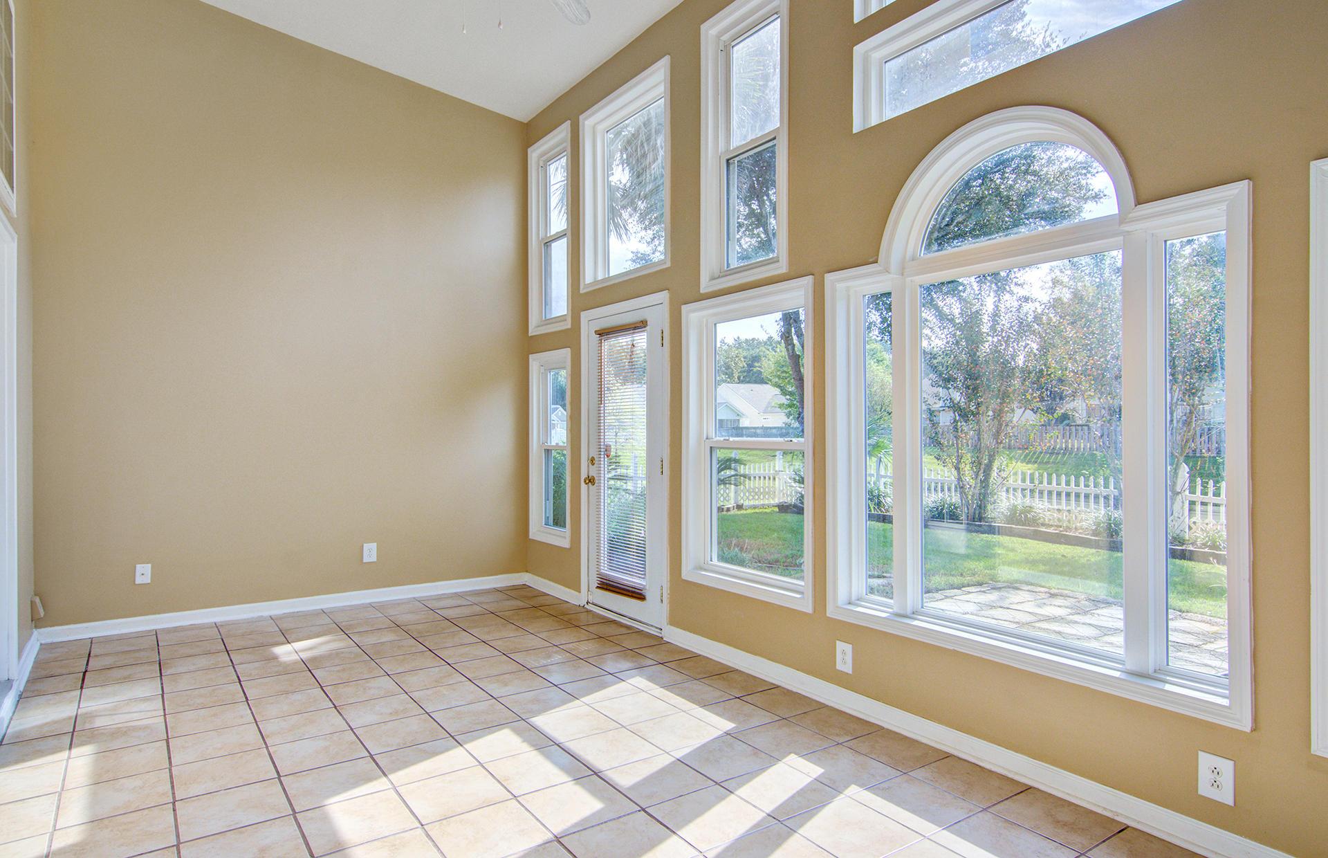 Grand Oaks Plantation Homes For Sale - 1013 Tyron, Charleston, SC - 3