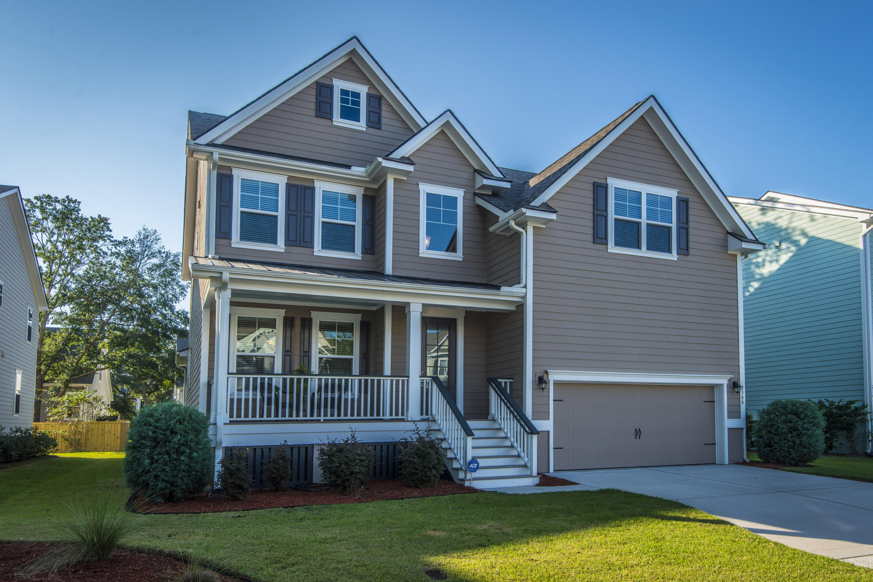 Oyster Point Homes For Sale - 2300 Skyler, Mount Pleasant, SC - 3