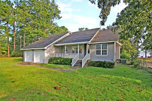 305 CANAL ST, BONNEAU, SC 29431  Photo 1