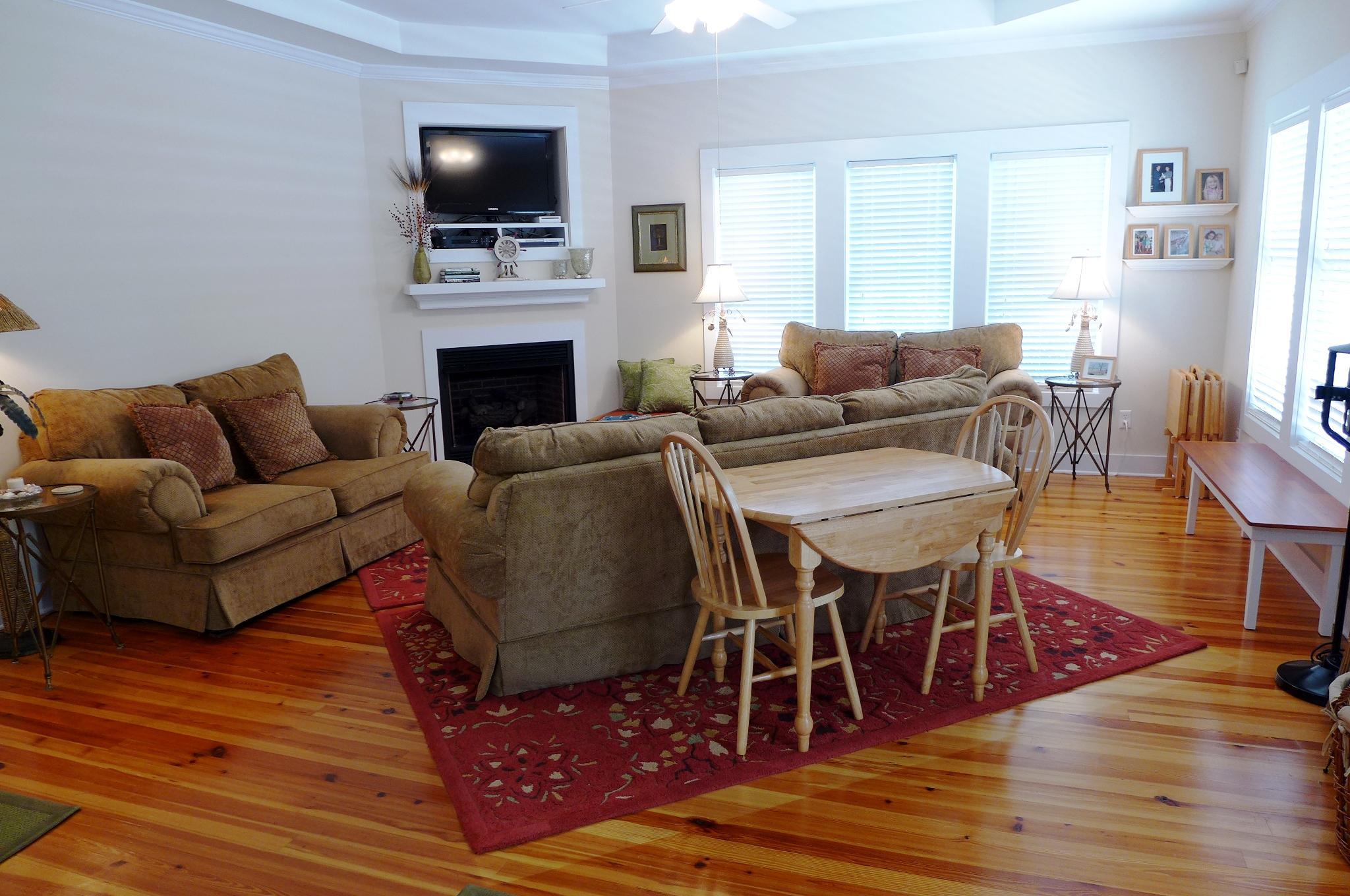Ask Frank Real Estate Services - MLS Number: 18026598