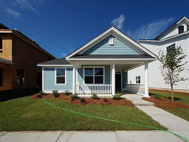 White Gables Homes For Sale - 1 Angelica Ave., Summerville, SC - 27