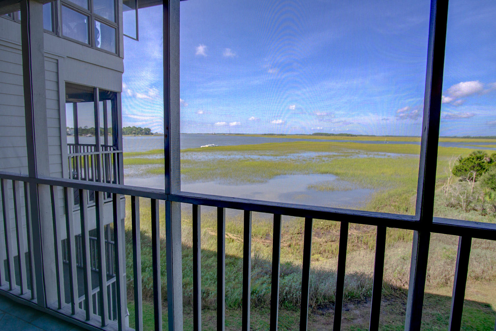Mariners Cay Homes For Sale - 105 Mariners Cay, Folly Beach, SC - 27