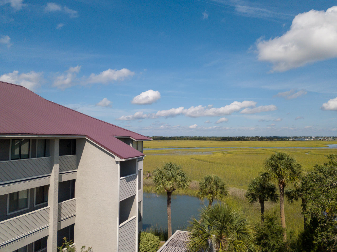 Mariners Cay Homes For Sale - 105 Mariners Cay, Folly Beach, SC - 41
