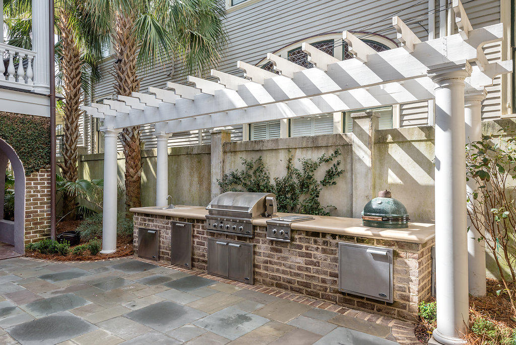 South of Broad Homes For Sale - 48&48 1/2 South Battery, Charleston, SC - 30
