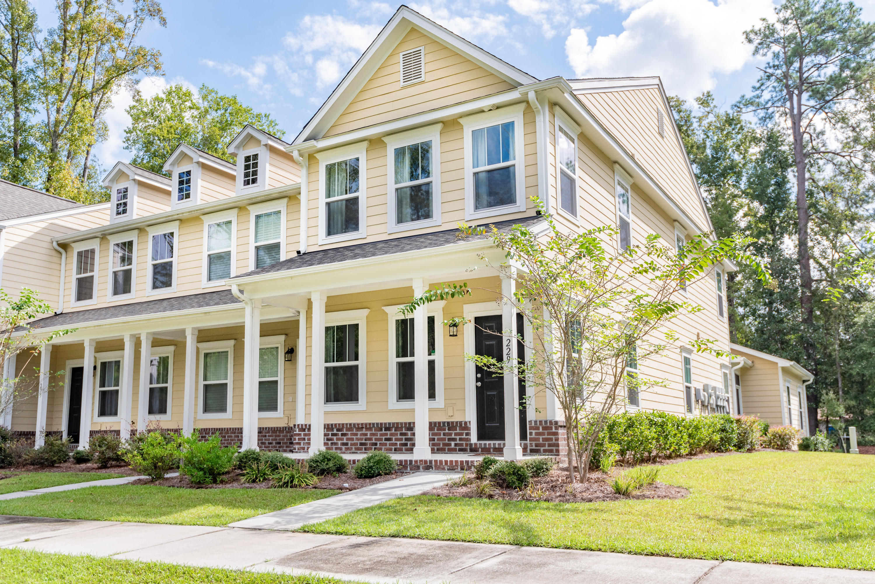 Locountry.com - MLS Number: 18027342