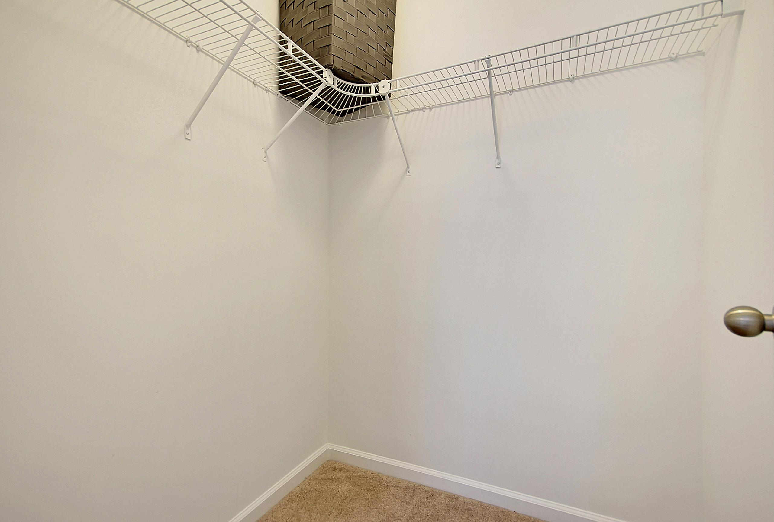 White Gables Homes For Sale - 417 Verbena, Summerville, SC - 20