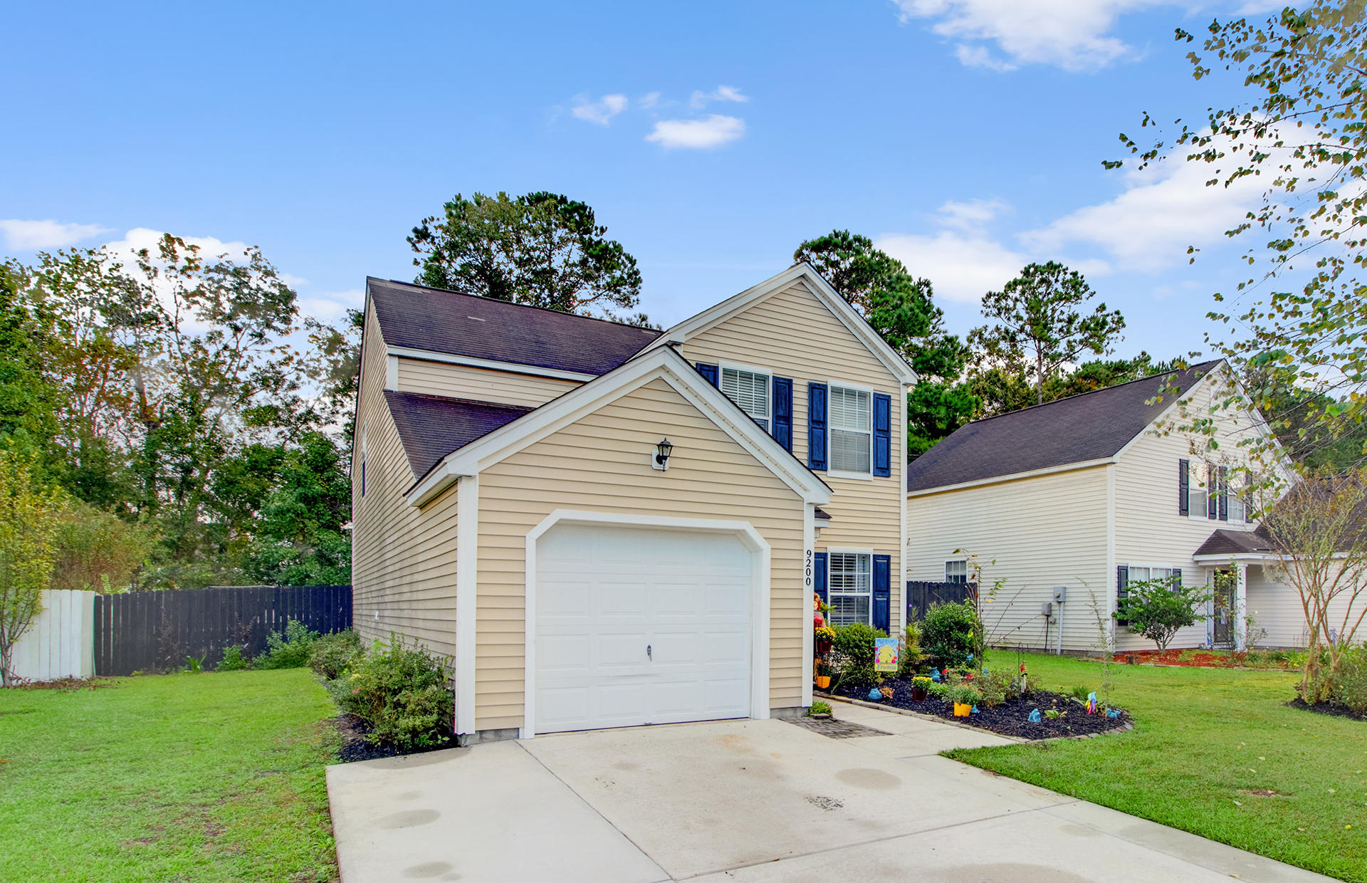 Wescott Plantation Homes For Sale - 9200 Fieldstone, Summerville, SC - 2