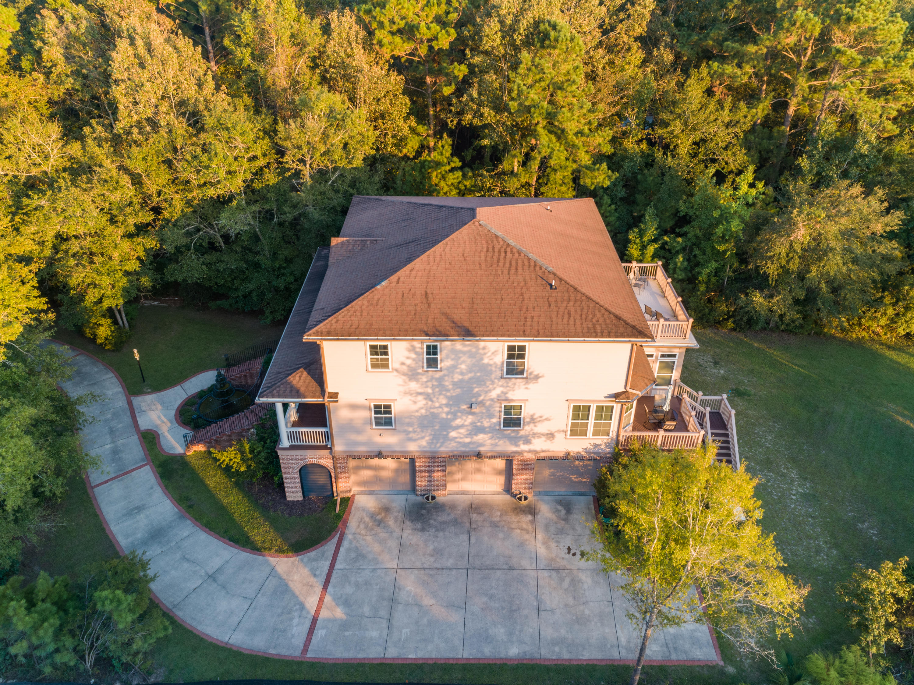 Photo of 1424 Dupree Creek Drive, Awendaw, SC 29429