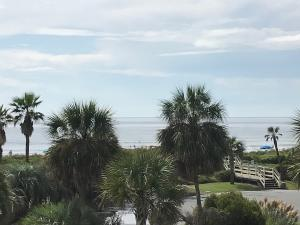 Home for Sale Ocean Boulevard, Sea Cabin On The Ocean, Isle of Palms, SC