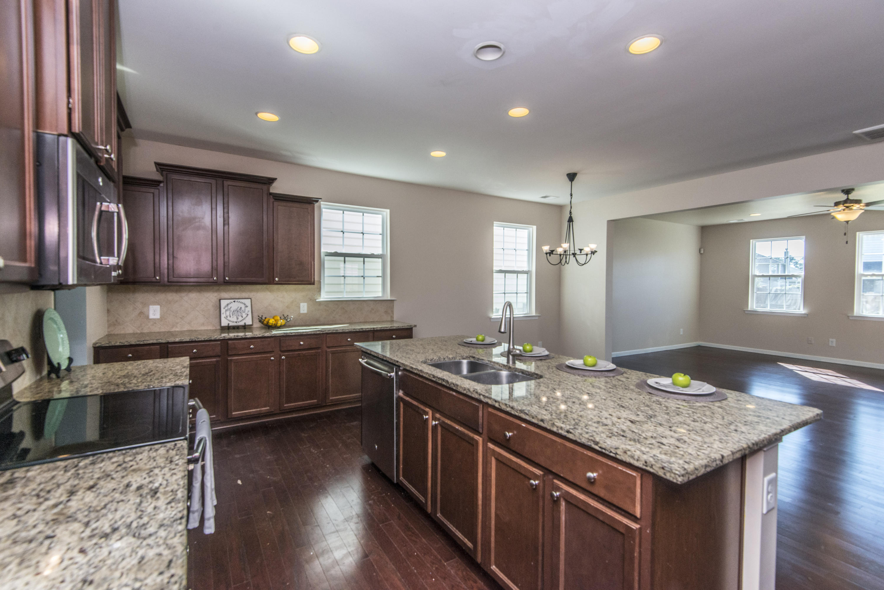 Wentworth Hall Homes For Sale - 216 Wexford, Summerville, SC - 2