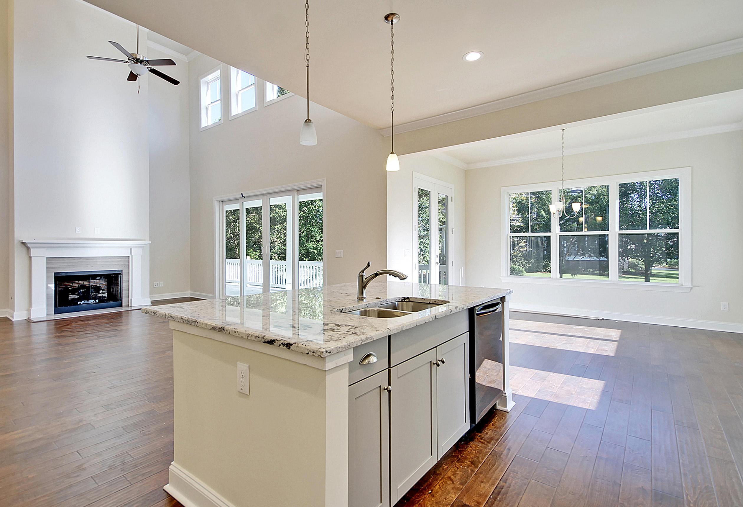 Shadowmoss Homes For Sale - 425 Shadowmoss, Charleston, SC - 10
