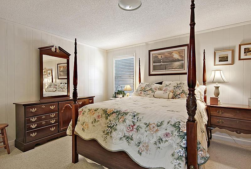 Ask Frank Real Estate Services - MLS Number: 18028146