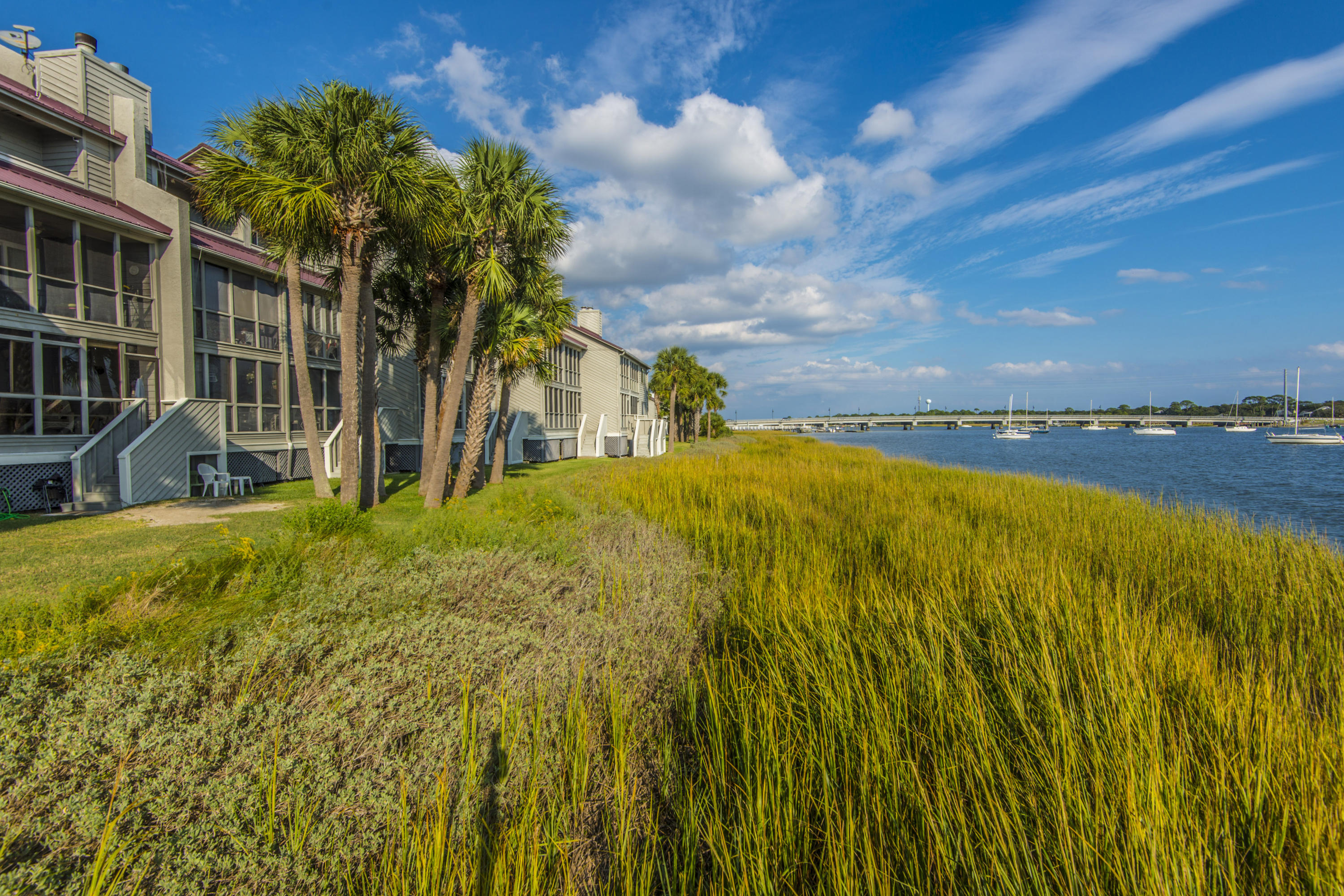 Mariners Cay Homes For Sale - 42 Mariners Cay, Folly Beach, SC - 27