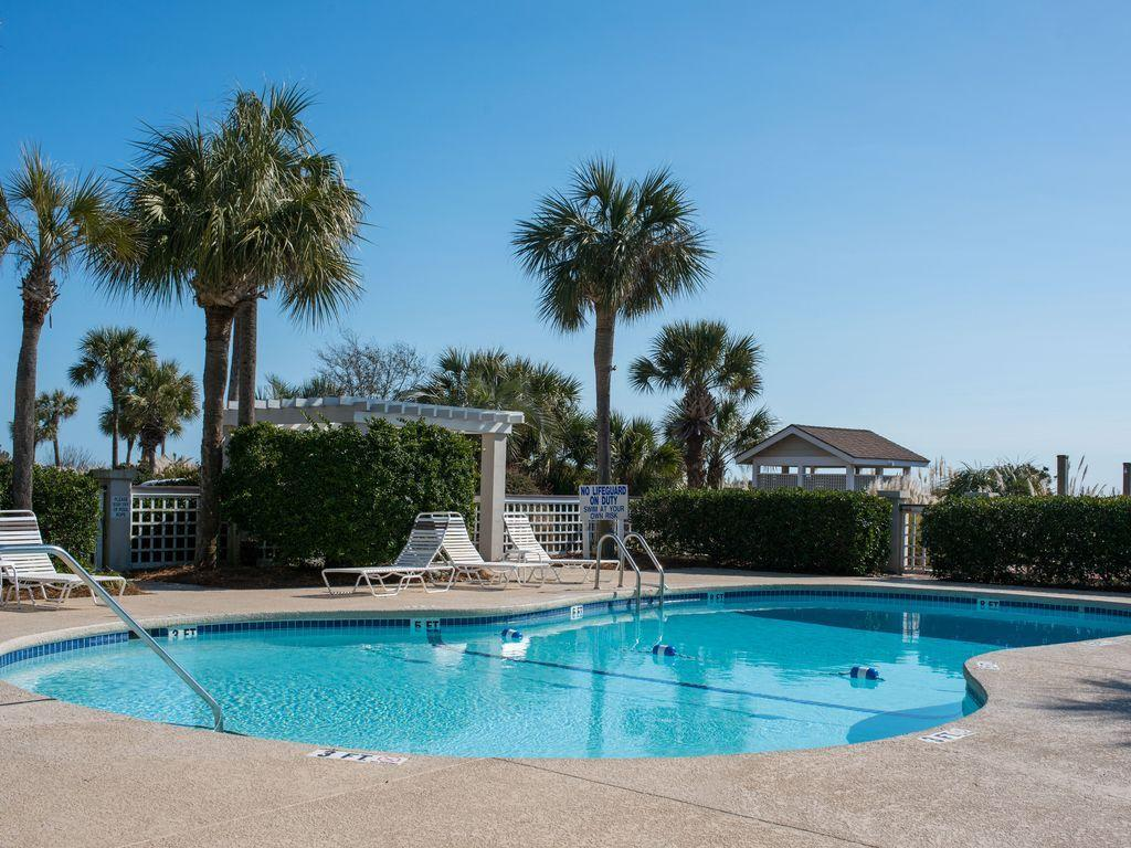 Beach Club Villas Homes For Sale - 43 Beach Club Villas, Isle of Palms, SC - 2