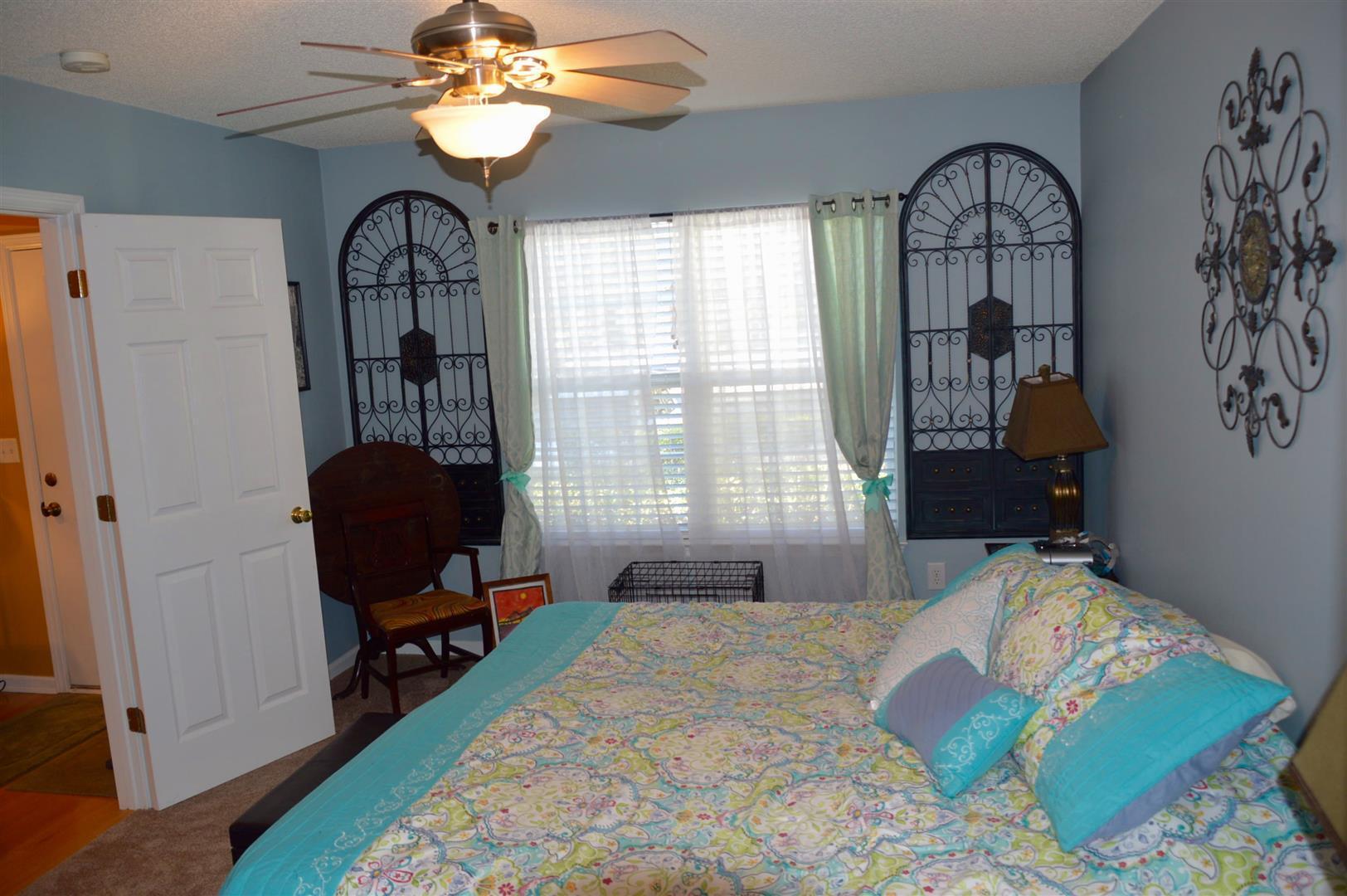 Oak Bluff Homes For Sale - 8008 Shadow Oak, North Charleston, SC - 15