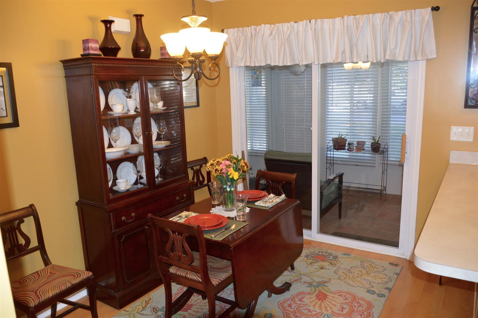 Oak Bluff Homes For Sale - 8008 Shadow Oak, North Charleston, SC - 10