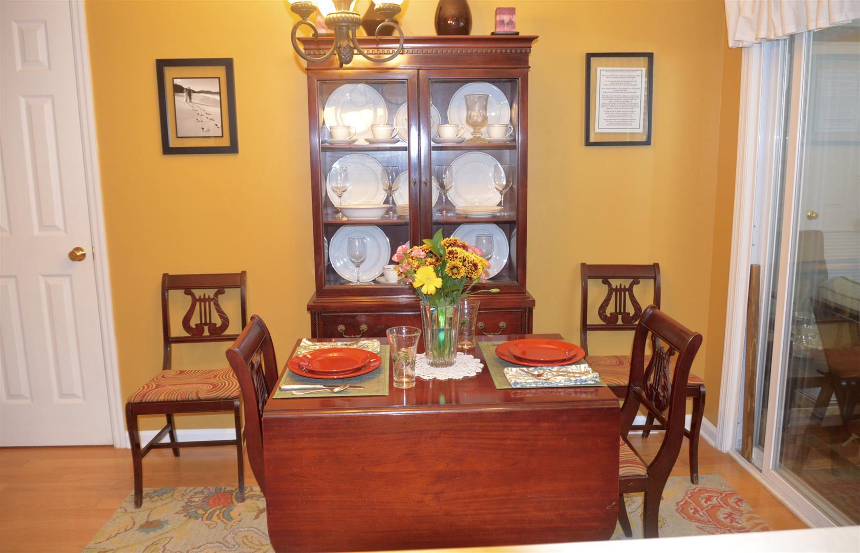 Oak Bluff Homes For Sale - 8008 Shadow Oak, North Charleston, SC - 3