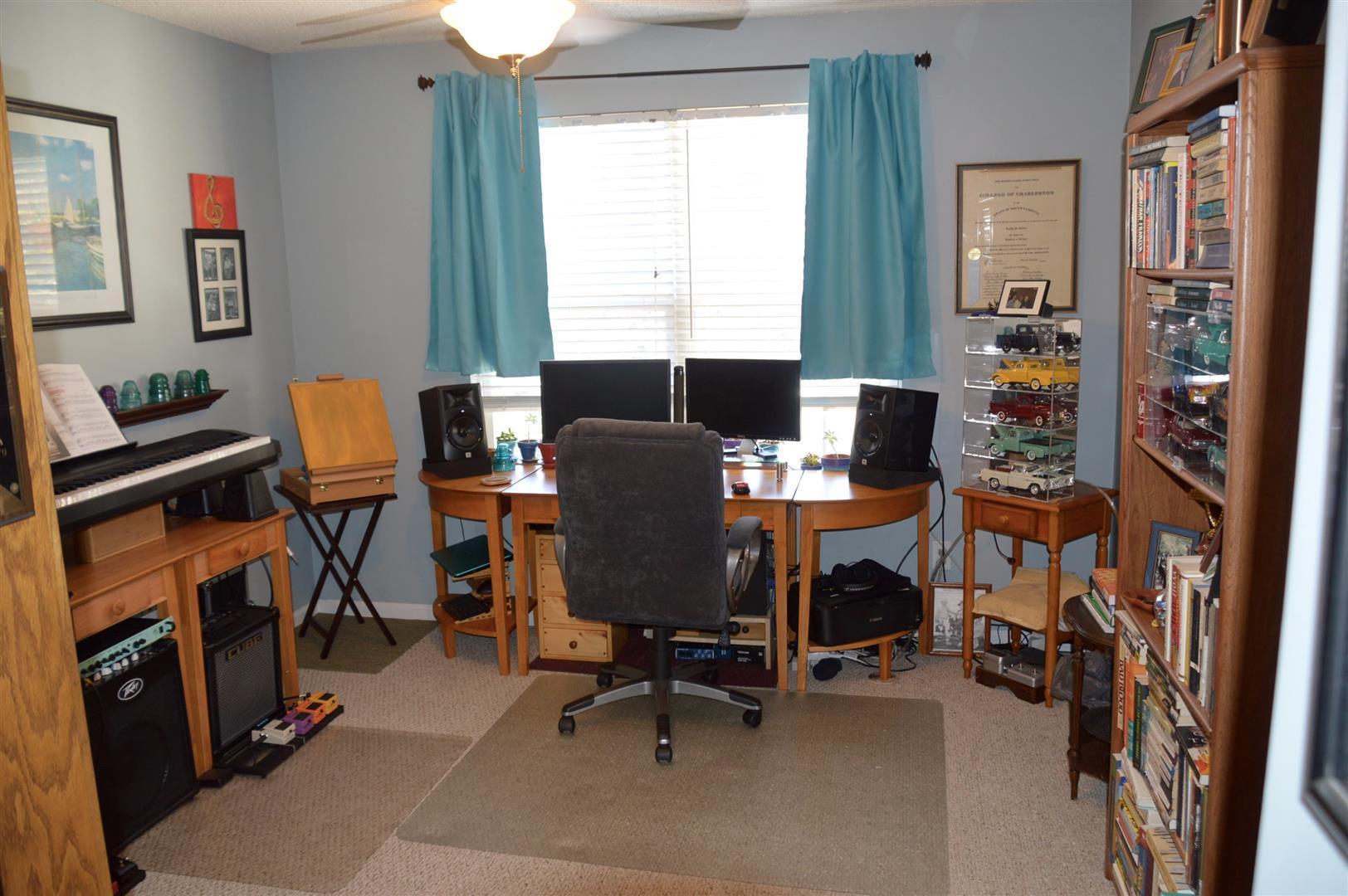 Oak Bluff Homes For Sale - 8008 Shadow Oak, North Charleston, SC - 25