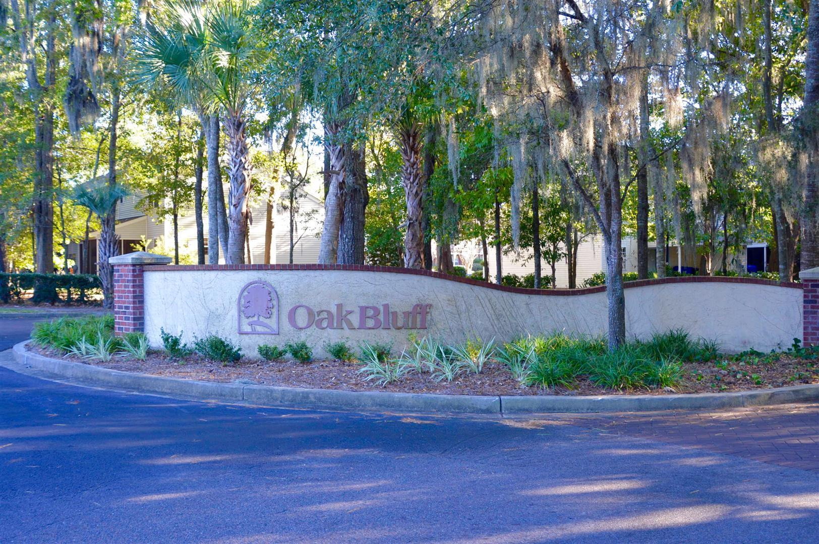 Oak Bluff Homes For Sale - 8008 Shadow Oak, North Charleston, SC - 20
