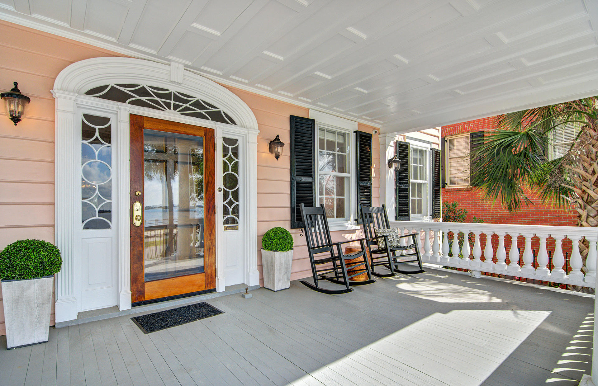 Photo of 104 Murray Blvd, Charleston, SC 29401