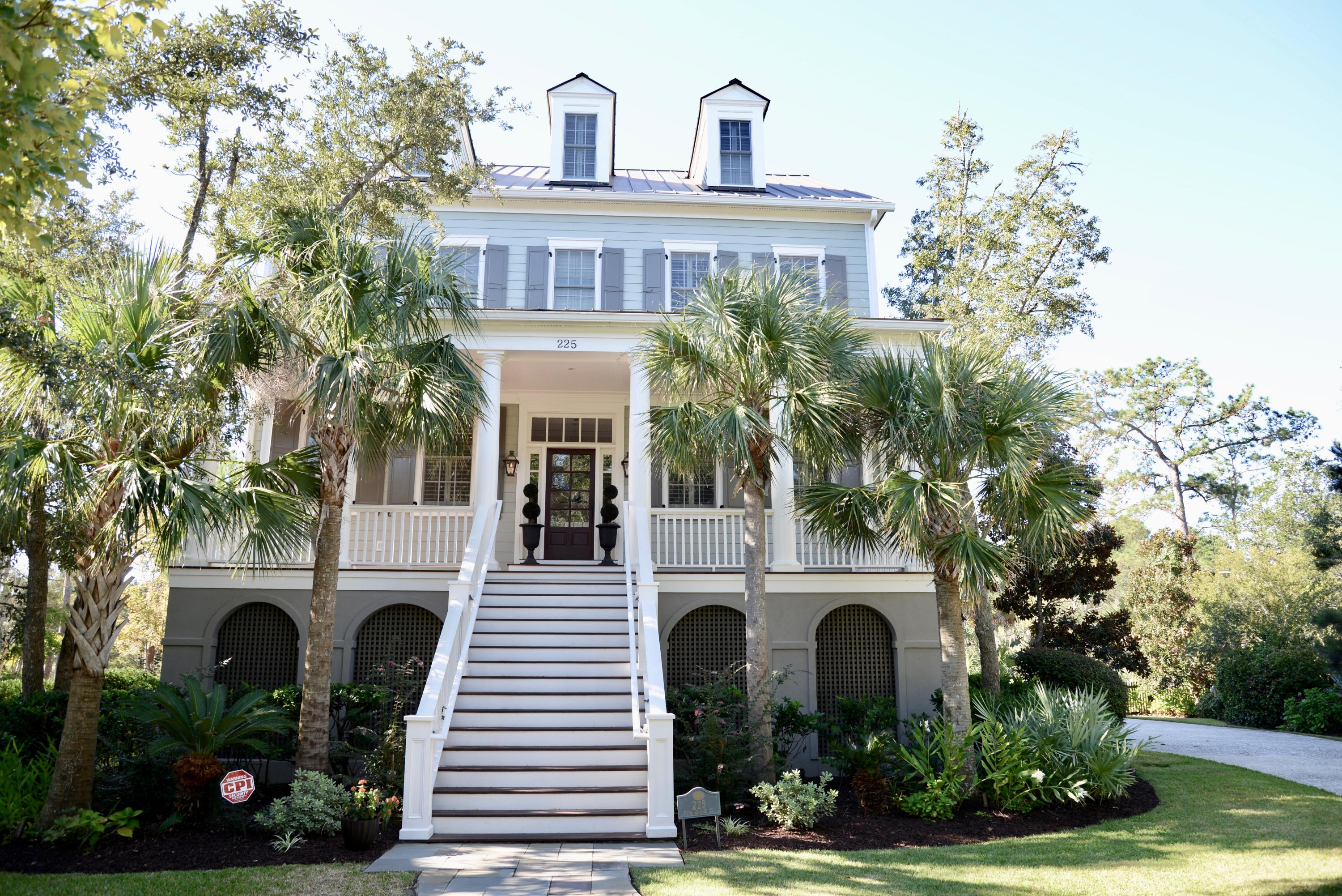 Photo of 225 King George St, Charleston, SC 29492