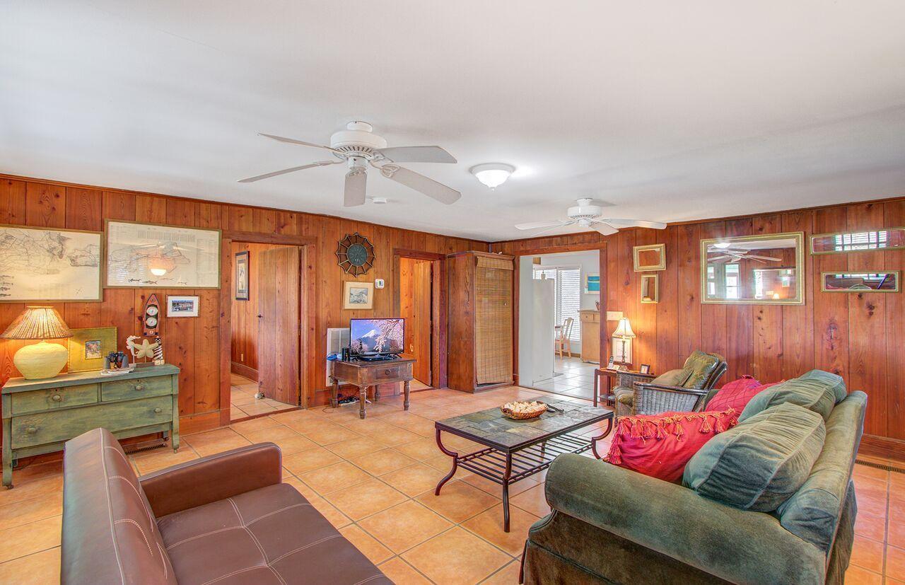 Folly Beach Homes For Sale - 809 Ashley, Folly Beach, SC - 14