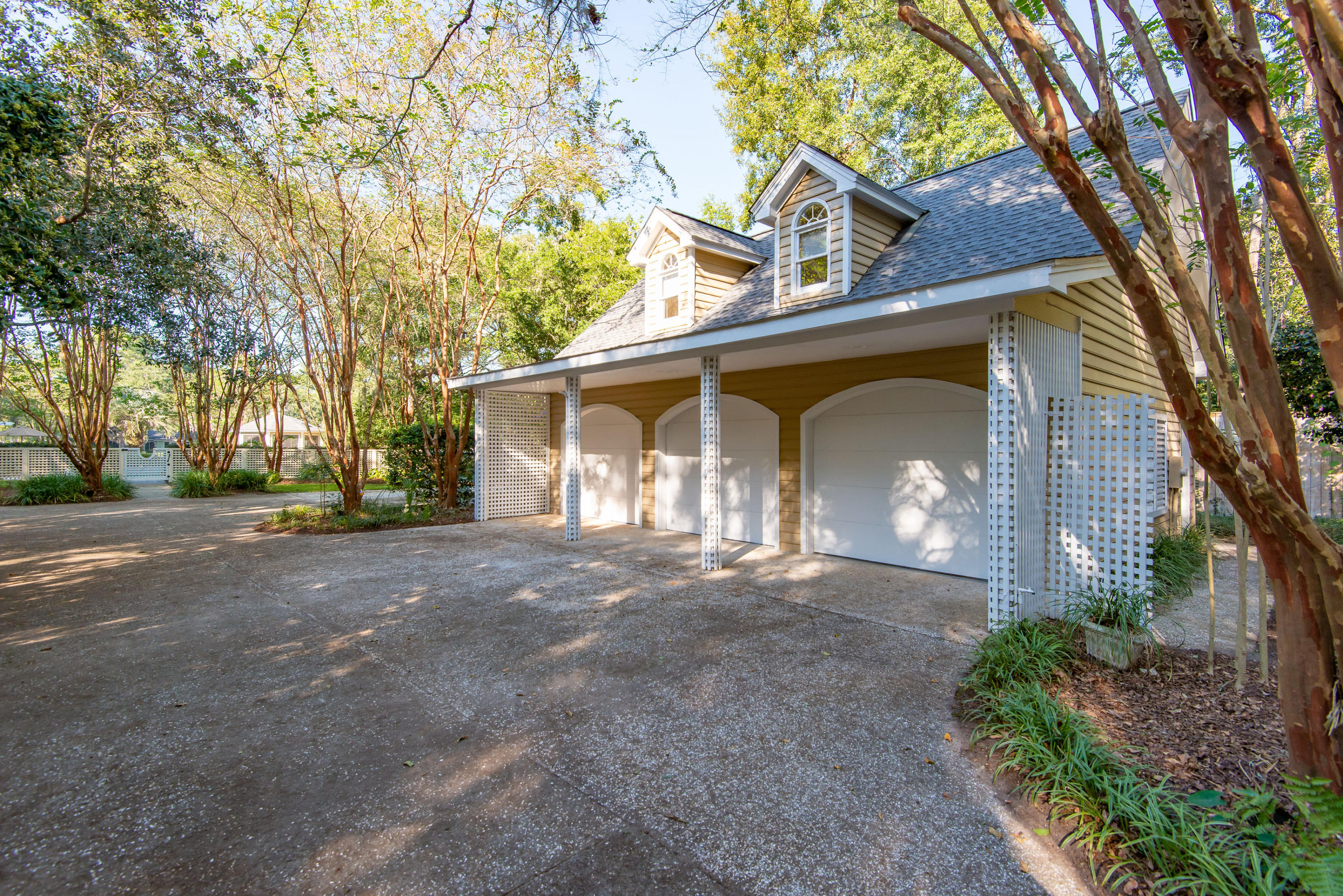 Riverland Terrace Homes For Sale - 2186 Wappoo Hall, Charleston, SC - 12