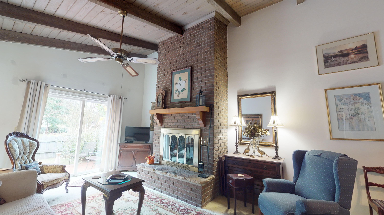 Snee Farm Homes For Sale - 402 Ventura Place, Mount Pleasant, SC - 1