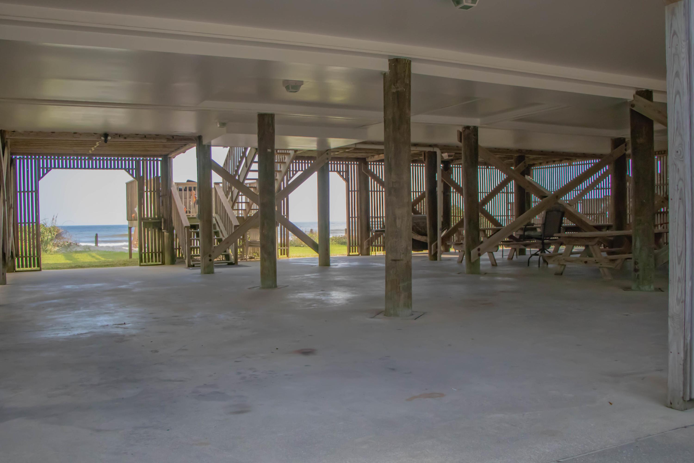Folly Beach Homes For Sale - 1013 Arctic, Folly Beach, SC - 8