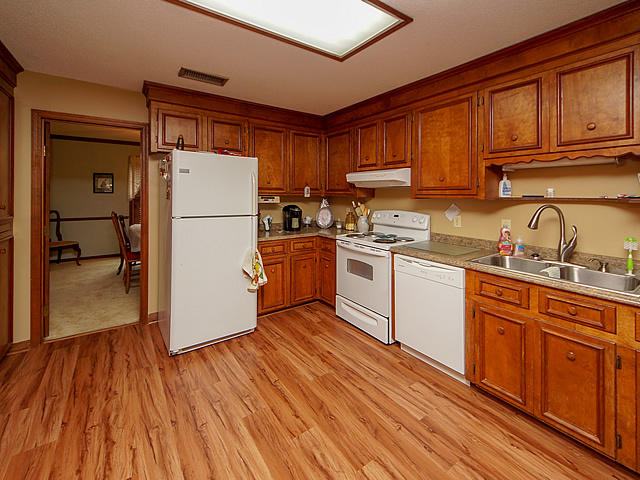 Millwood Homes For Sale - 122 Wilson, Summerville, SC - 25
