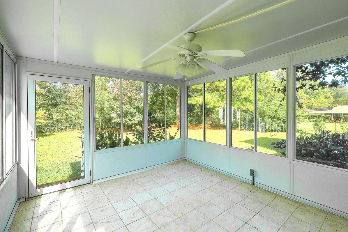 East Oak Forest Homes For Sale - 1222 Byron, Charleston, SC - 1
