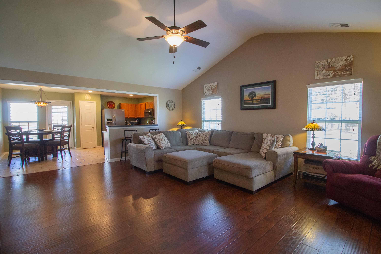 Summer Park Homes For Sale - 102 Mcgrady, Ladson, SC - 10