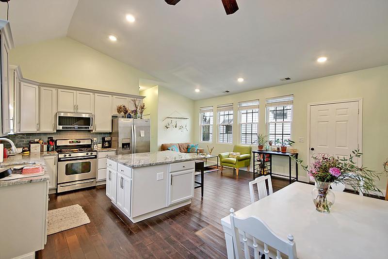 Westside Homes For Sale - 3 Killians, Charleston, SC - 16