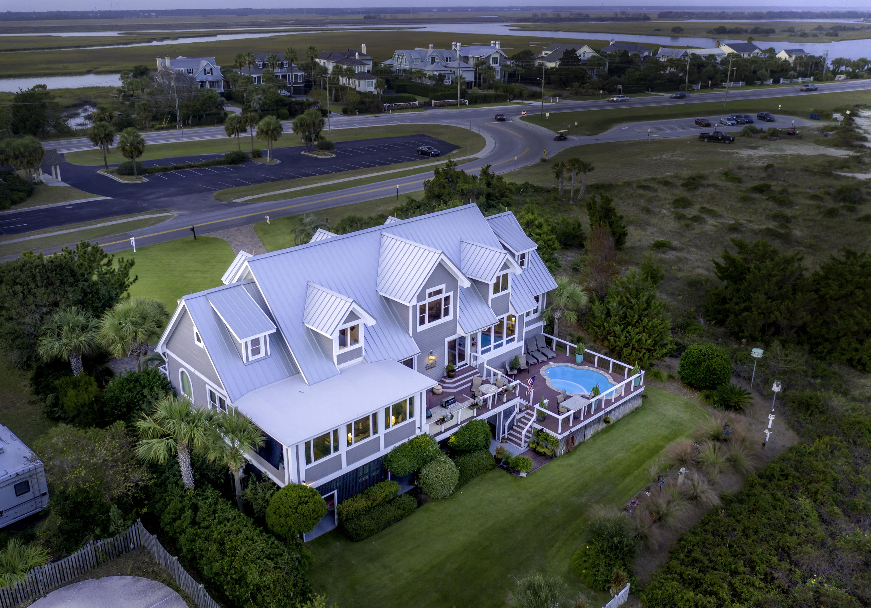 Sullivans Island Homes For Sale - 3217 Middle, Sullivans Island, SC - 11