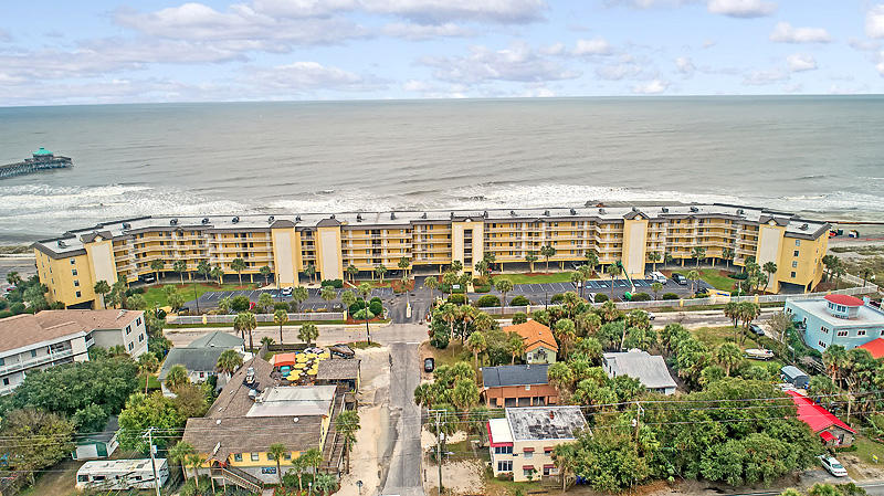 Charleston Oceanfront Villas Homes For Sale - 201 Arctic, Folly Beach, SC - 19