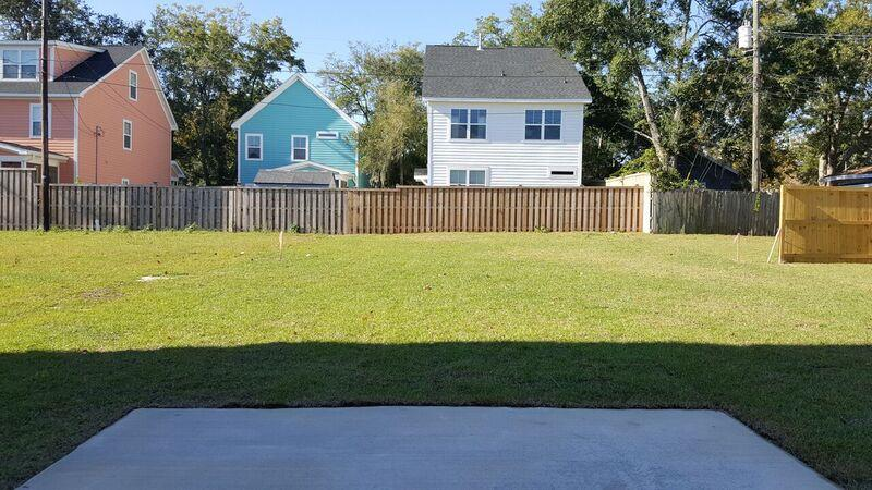 Photo of 4985 Chateau Ave, North Charleston, SC 29405