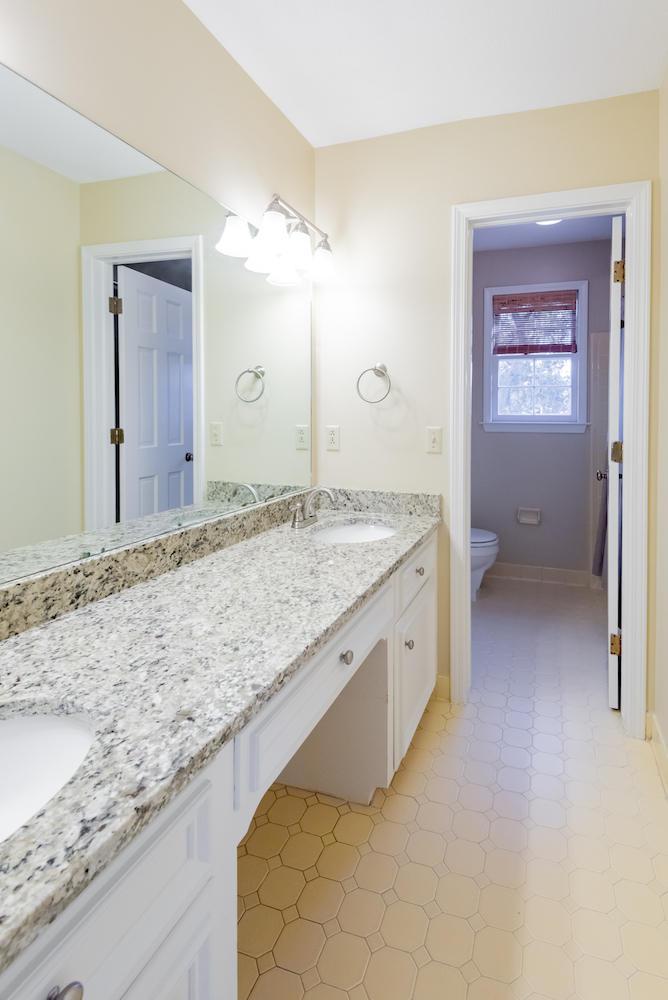 Stiles Point Plantation Homes For Sale - 915 Paul Revere, Charleston, SC - 17