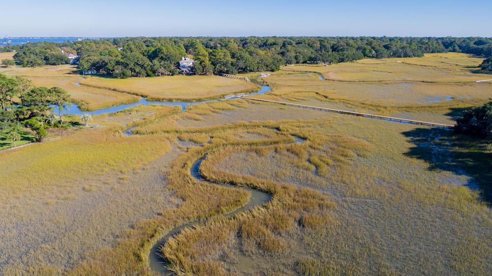 Stiles Point Plantation Homes For Sale - 915 Paul Revere, Charleston, SC - 2
