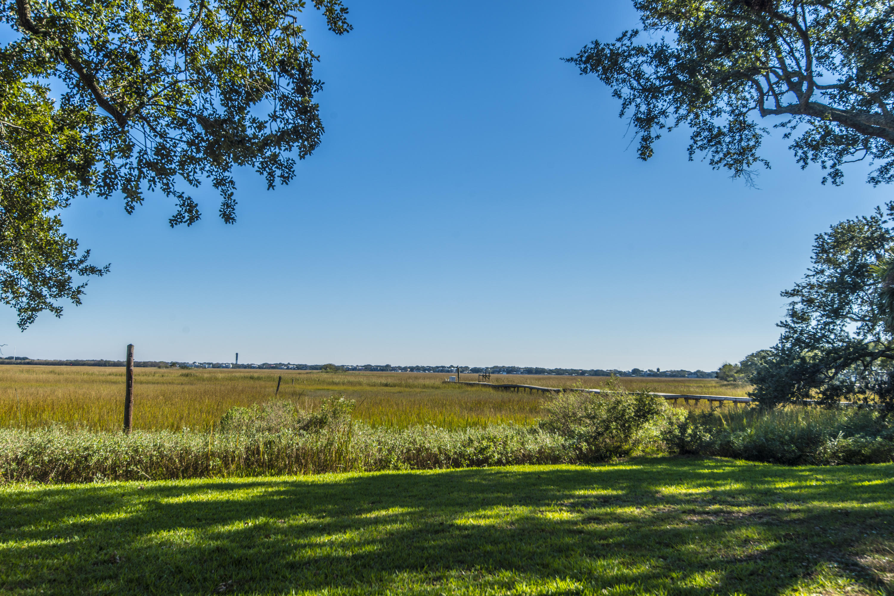 Old Village Homes For Sale - 967 Royall, Mount Pleasant, SC - 10