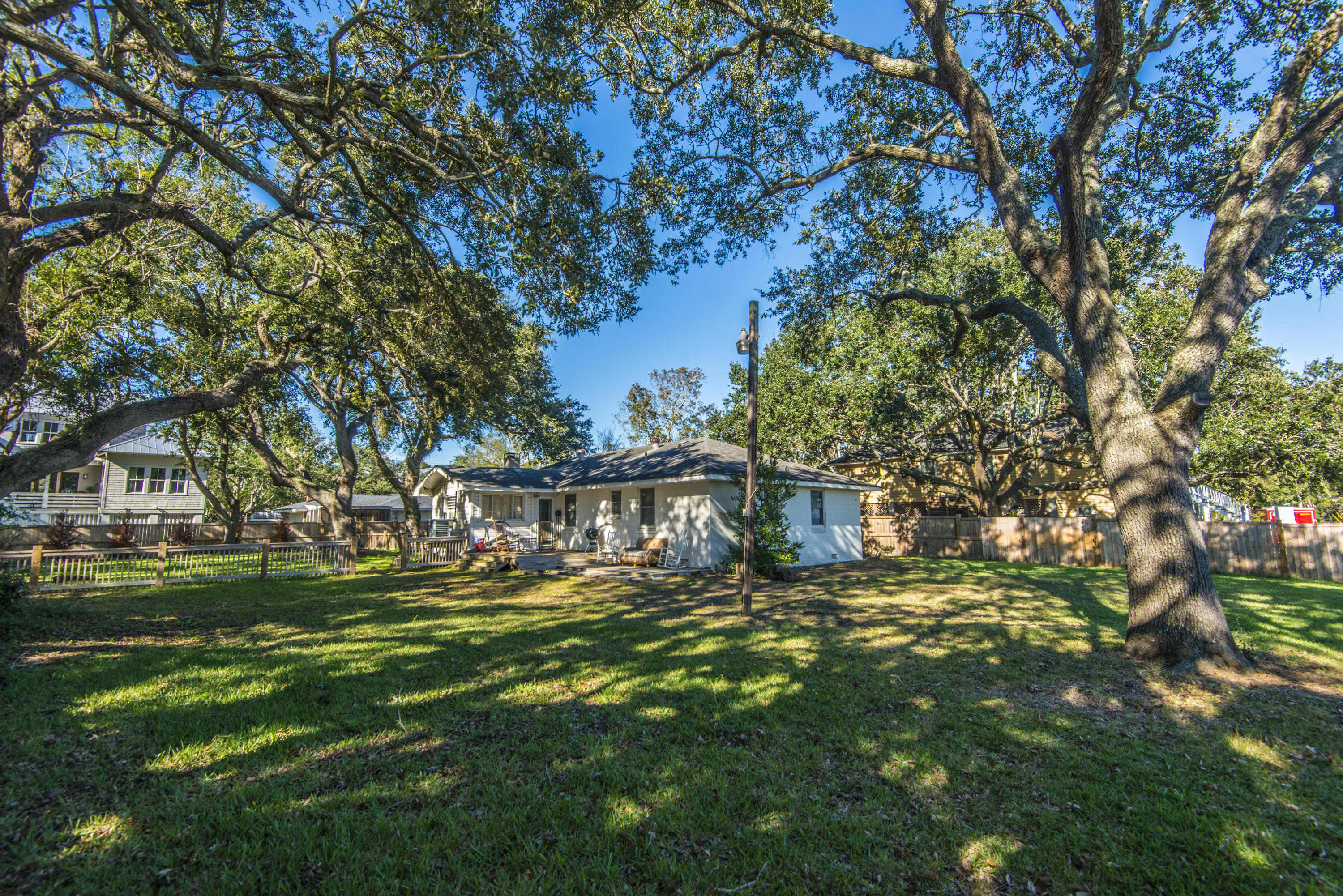 Old Village Homes For Sale - 967 Royall, Mount Pleasant, SC - 0