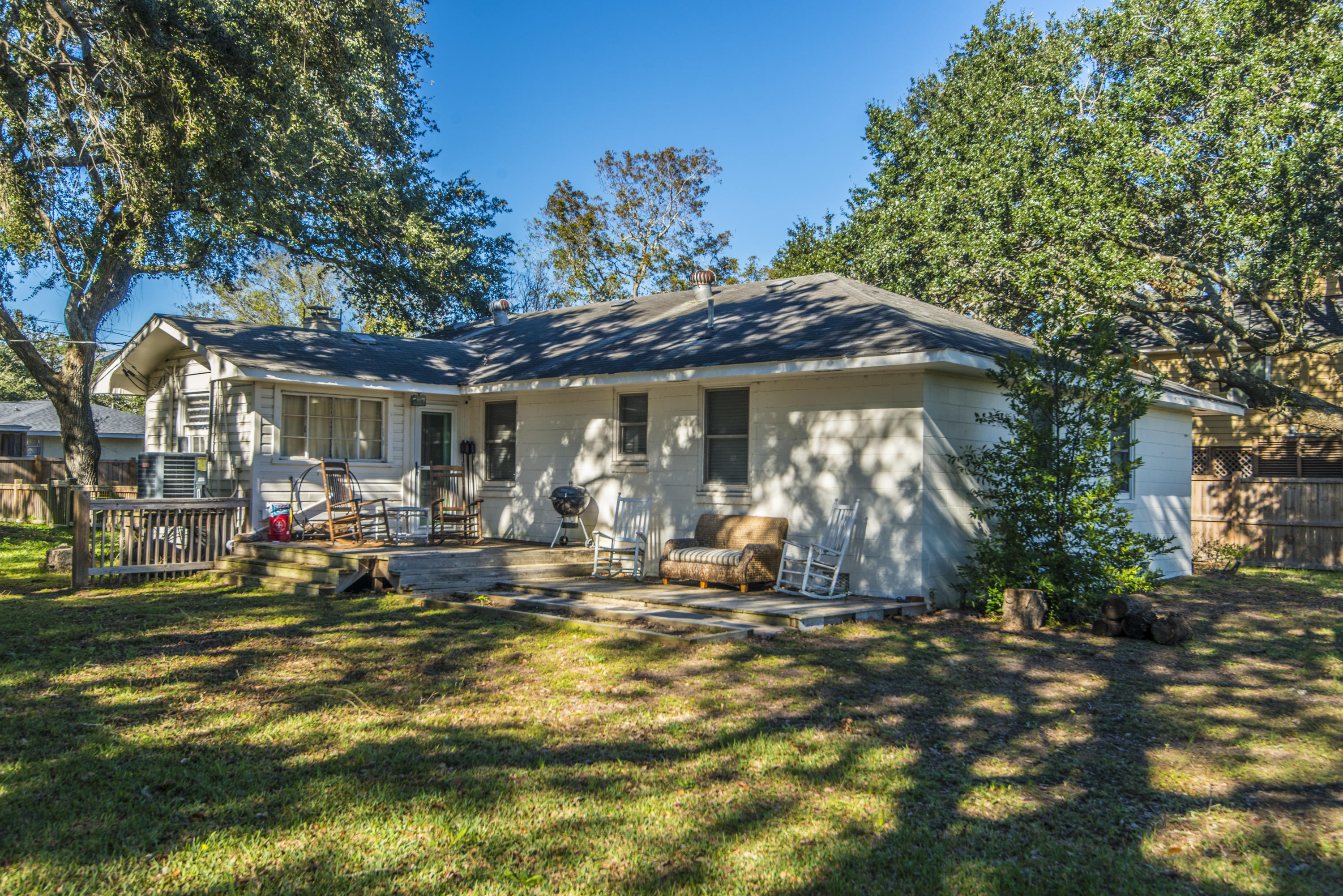 Old Village Homes For Sale - 967 Royall, Mount Pleasant, SC - 28