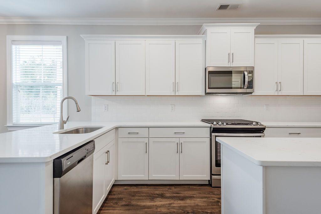 White Gables Homes For Sale - 226 Angelica, Summerville, SC - 4