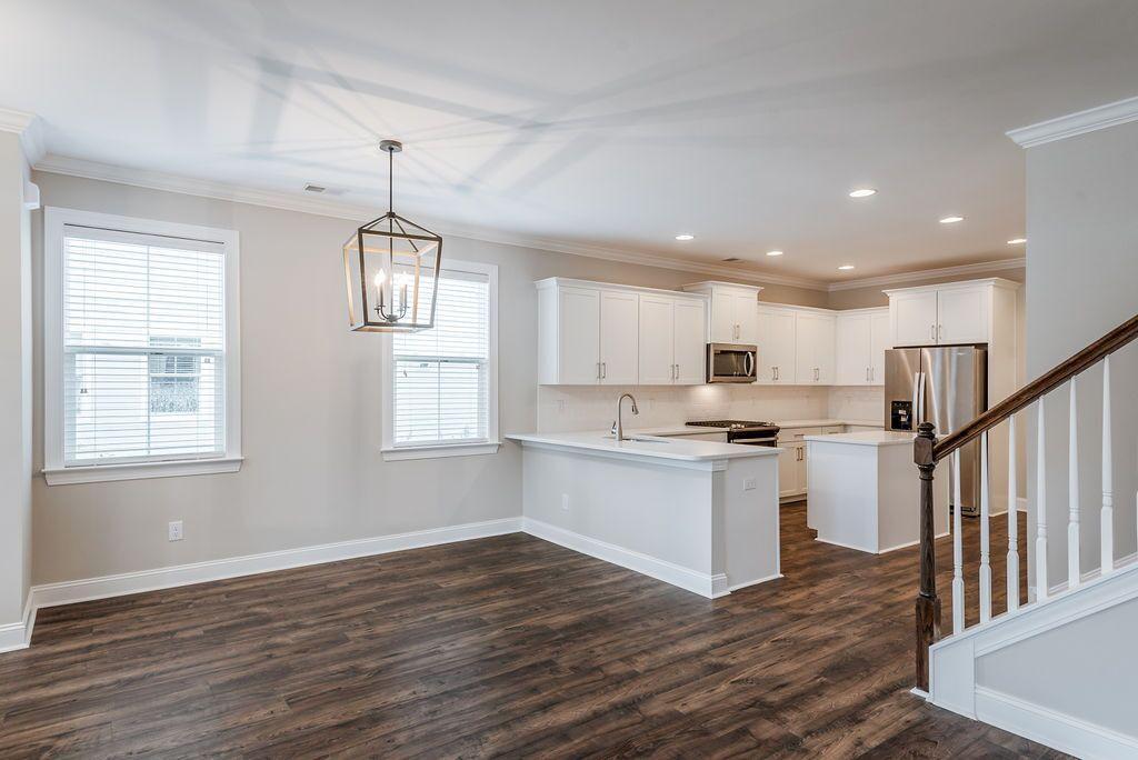 White Gables Homes For Sale - 208 Angelica, Summerville, SC - 2
