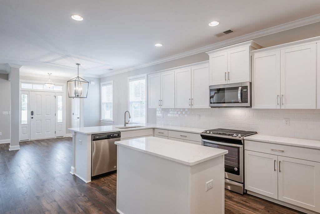 White Gables Homes For Sale - 208 Angelica, Summerville, SC - 34