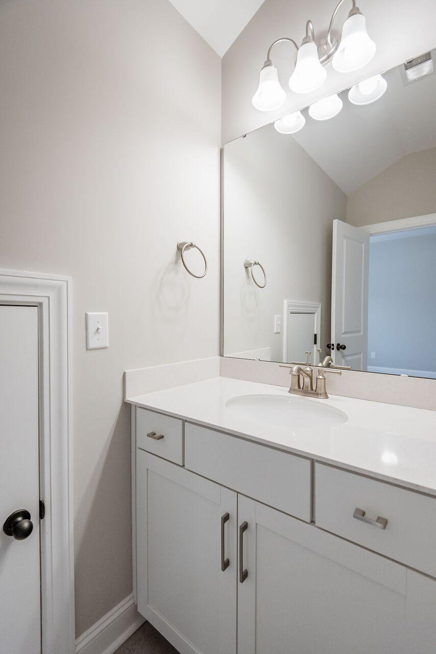 White Gables Homes For Sale - 208 Angelica, Summerville, SC - 18