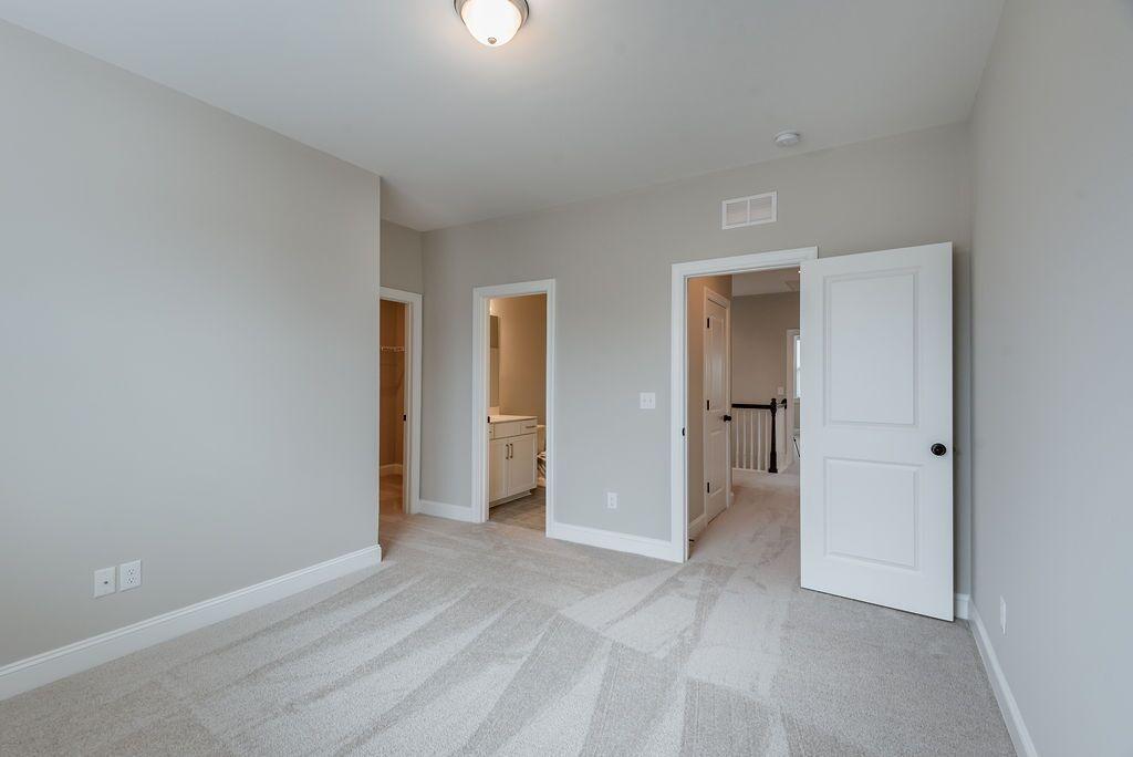 White Gables Homes For Sale - 208 Angelica, Summerville, SC - 11