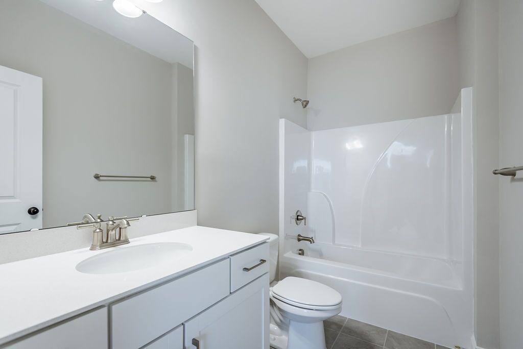 White Gables Homes For Sale - 208 Angelica, Summerville, SC - 10